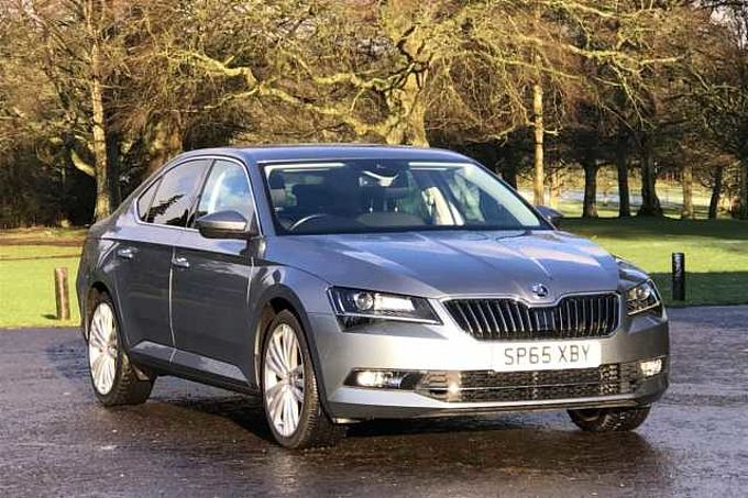 SKODA Superb 2.0 TDI (150PS) SE L Executive Hatchback