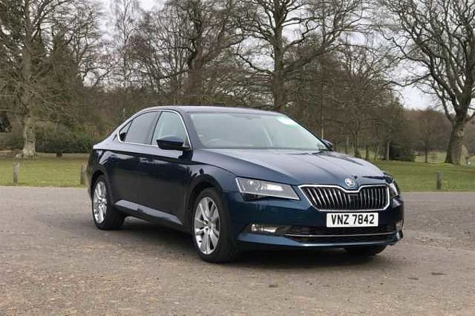 SKODA Superb 2.0TDI SCR 150PS 4X4 SEL Executive 5-Dr H/B
